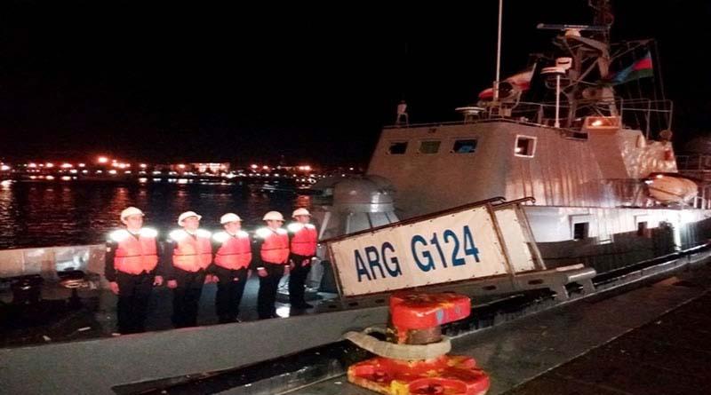 Azerbaycan'ın Deniz Filosu, İran'ın Limanına Demir Attı