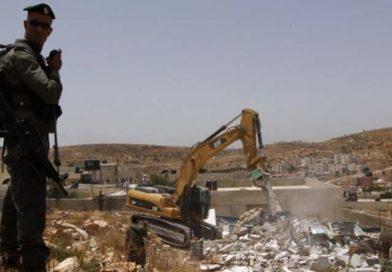 Terör Rejimi İsrail, Batı Şeria'da Filistinlilerin Evlerini Yıkıyor