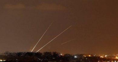 Gazze Direnişi Filistinli Şehidin İntikamını İşgal Rejiminden Almaya Başladı!: İşgal Topraklarına 30 Füze Ve 15 Havan Topu Atıldı