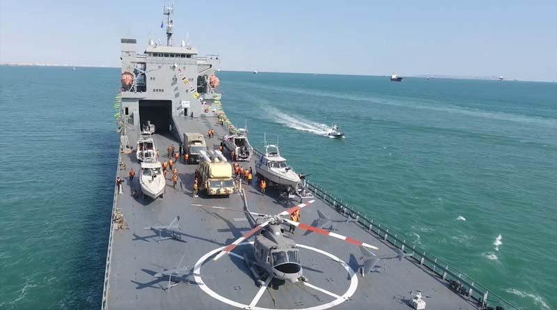 İran Devrim Muhafızları'nın yeni savaş gemisi Siyonistleri panikletti: İran'ın gemisi 'asimetrik bir tehdit' ve 'yüzen cephanelik'!